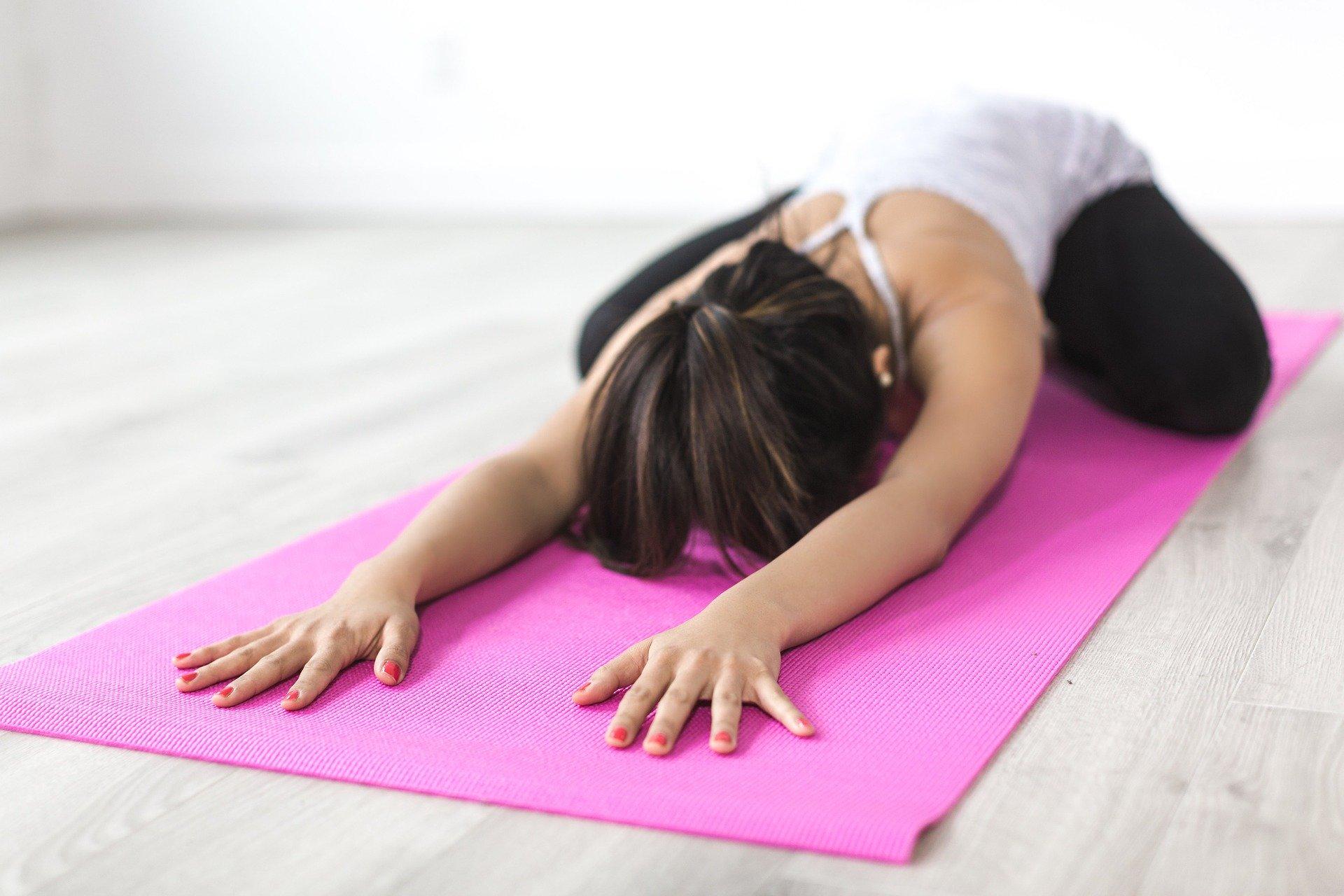 les meilleures postures de yoga pour débuter